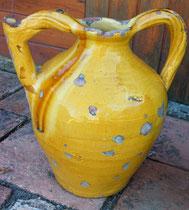 Toute jaune avec une belle coulure  XIXeme 35cm