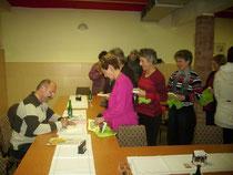 Beim Signieren in Kyritz