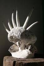 """Mélanie Broglio-""""Petit pardon"""", grès et porcelaine, 85x50x45cm, Emaillé, or, Multi cuissons 1280°-Galerie Gabel-Biot"""