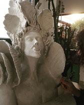 """Mélanie Broglio-""""Hippocampe"""" Faïence en attente émaillage blanc et or 65x50x45cm -Galerie Gabel-Biot"""