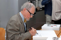 Signature du catalogue raisonné de Jacky Coville chez Helene Jourdan Gassin-photos Claude Piot