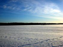 Das könnten Ihre Langlaufspuren auf dem gefrorenen Päijänne See sein.