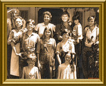 The whole Walton-Family