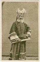 Passionsspiel Erl 1912: Johann Osterauer in der Rolle des Annas. Rastertiefdruck 9 x 14 cm ohne Impressum.  Inv.-Nr. vu914rtd00030