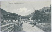 Gasthof URSPRUNG an der Staatsgrenze zum Königreich Bayern /Deutschen Reich. Lichtdruck 9x14cm; Impressum: A(nton) Karg, Kufstein um 1910.  Inv.-Nr. vu914ld00027