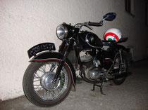 Puch SV 125, erzeugt zwischen 1957 und 1967 von den Puch-Werken in Graz. Digitalphoto; © Johann G. Mairhofer 2013.  Inv.-Nr. 1DSC0661