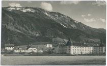 Ehem. Ehzg.liches Jagd- und Lustschloss Thurneck in Rotholz, Gde. Strass im Zillertal, Tirol (seit 1879 Landwirtsch. Lehranstalt). Gelatinesilberabzug 9 x 14 cm; Hans Ratschiller, Rattenberg; postalisch befördert 1928.  Inv.-Nr. vu914gs00420