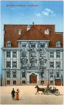Musikvereinshaus (heute Tiroler Landeskonservatorium) in der Paul-Hofhaimer-Gasse 6 neben dem Ferdinandeum in Innsbruck - Innere Stadt. Photochromdruck 9 x 14 cm; Impressum: C.L.I. um 1905. Inv.-Nr. vu914pcd00221