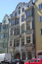 Ansitz Rainfels in St. Nikolaus, Stadtgemeinde Innsbruck, Innstraße 17; erbaut 1547 von Niklas Türing d.J., 1567 zum adeligen Ansitz erhoben worden, seit 1855 im Besitz der Familie von Wörtz. Digitalphoto; © Johann G. Mairhofer 2013.  Inv.-Nr. 1DSC06879