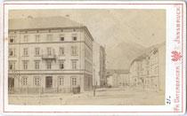 """Grand Hotel """"de l'Europe"""" in Innsbruck, Südtiroler Platz 2, um 1880. Albuminabzug auf Carte de Visite 6,8 x 10,8 cm; Impressum Fr(anz). Unterberger, Innsbruck.  Inv.-Nr. vuVIS-00001"""