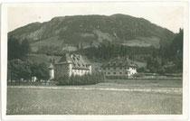 Schloss ROSENEGG in Fieberbrunn, Bezirk Kitzbühel, Tirol. Gelatinesilberabzug 9 x 14 cm; Adolf Künz, Innsbruck, Stafflerstraße 18, um 1925.  Inv.-Nr.  vu914gs00509