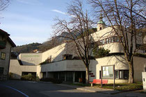 Vereinsheim Hötting, Stadtgemeinde Innsbruck, Schulgasse 3. Digitalphoto;  © Johann G. Mairhofer 2014.  Inv.-Nr. 2DSC01945