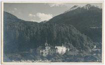 "Ehemaliger Jagdhof Kaiser Maximilians I. und Ansitz RIS in Flaurling. Gelatinesilberabzug 9x14cm; ""GEDI"", G. Dialer jun., Photograph, Maria-Theresien-Str. 23 um 1935.  Inv.-Nr. vu914gs00343"