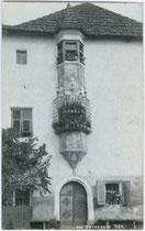Ansitz GETREUENSTEIN in Dietenheim, Stadtgemeinde Bruneck. Gelatinesilberabzug 9x14cm; A(lfred). Stockhammer, Hall in Tirol um 1910.  Inv.-Nr. vu914gs00142