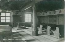 Saal im Rathaus von Hall in Tirol. Gelatinesilberabzug 9 x 14 cm; Impressum: A(lfred). Stockhammer, Hall in Tirol 1921.  Inv.-Nr. vu914gs00558