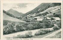 Gasthof SCHMIEDTAL am Klausbach, Gemeinde Thiersee, Bezirk Kufstein, Tirol. Lichtdruck 9 x 14 cm; Impressum: M. Lechner, München um 1905.  Inv.-Nr. vu914ld00226