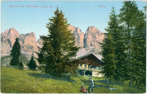Meierei Plankenschwaige am Karerpass, Gde. Welschnofen, ehem. Ger.bzk. und Bzk. Bozen, Gef. Grafsch. Tirol (hte. Bezirksgemeinschaft Salten-Schlern, Südtirol). Photochromdruck 9 x 14 cm; Joh. F. Amonn, Bozen um 1905.  Inv.-Nr. vu914pcd00258