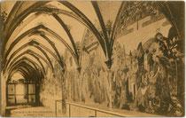 Gotischer Kreuzgang im Franziskanerkloster in Schwaz, Tirol. Lichtdruck 9 x 14 cm; Impressum: Photographie und Verlag Georg Angerer, Schwaz um 1905.  Inv.-Nr. vu914ld00262