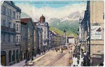 Creditanstalt (heute Bank Austria) und Palais Rost-Enzenberg (v.l.n.r.), Maria-Theresien-Straße 36 bzw. 34. Photochromdruck 9 x 14 cm; Impressum: Karl Redlich, Innsbruck um 1910.  Inv.-Nr. vu914pcd00191