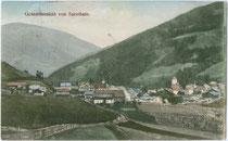 Panorama von Sarnthein, Gemeinde Sarntal. Farblichtdruck 9x14cm; kein Impressum, postalisch gelaufen 1915.  Inv.-Nr. vu914fld00048