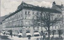 """Hotel """"Kreid"""" in Innsbruck, Innere Stadt, Bozner Platz 3 Ecke Meinhardstraße (Abriss 70er Jahre d. 20. Jh.). Lichtdruck 9 x 14 cm ohne Impressum um 1915.  Inv.-Nr. vu914ld00016"""