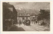 """Haltestelle der """"Localbahn Innsbruck - Hall i. T. (L.B.I.H.i.T.)"""" am Nordende der Leopoldstraße in Wilten. Rastertiefdruck 9x14cm ohne Impressum, um 1920.  Inv.-Nr. vu914rtd00002"""