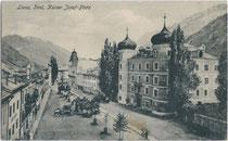 Ansitz Liebburg, heute Rathaus am Hauptplatz (ehemals Kaiser-Josef-Platz) in Lienz, Tirol. Heliogravüre 9 x 14 cm ohne Impressum.  Inv.-Nr. vu914hg00003