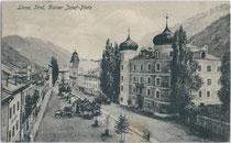 Ansitz LIEBBURG, heute Rathaus am Hauptplatz (ehemals Kaiser-Josef-Platz) in Lienz. Heliogravüre 9 x 14 cm; ohne Impressum.  Inv.-Nr. vu914hg00003