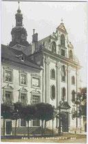 Adeliges Damenstift und Stiftskirche (Herz-Jesu-Basilika) am Stiftsplatz in Hall in Tirol. Impressum: A(lfred). Stockhammer, Hall i.T. 1914.  Inv.-Nr. vu914gs00349