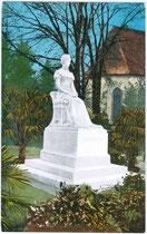 Denkmal für Kaiserin Elisabeth in der Sommerpromanade nahe der Postbrücke, geschaffen 1903 von Bildhauer Hermann Klotz aus Laaser Marmor. Photochromdruck 9 x 14 cm; Joh. F. Amonn, Bozen um 1907.  Inv.-Nr. vu914pcd00154