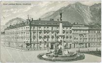 """Hotel """"Goldene Sonne"""" (heute: Neubau des ÖGB Tirol) und Vereinigungsbrunnen von 1904 (Innsbruck mit Wilten und Pradl), Südtiroler Platz 14-16. Lichtdruck 9 x 14 cm; Impressum: C.L.I. (Carl Lampe Innsbruck) um 1905.  Inv.-Nr. vu914ld00063"""