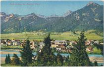 Lechaschau am Lech, Bezirk Reutte, Tirol mit Pfarrkirche zum Hl. Geist von Nordosten. Photochromdruck 9 x 14 cm, Impressum: Purger & Co., München um 1910.  Inv.-Nr. vu914pcd00333