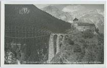 """Trisannabrücke der Arlbergbahn mit """"Fischbau"""", ein hier nächträglich angebauter Untergurt der Bogenbrücke. Gelatinesilberabzug 9x14cm; Impressum: Wilhelm Stempfle Innsbruck um 1930. Inv.-Nr. vu914gs00338"""