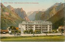 "Hotel ""Germania"" in Toblach im Hochpustertal. Photochromdruck 9 x 14 cm; Impressum: O(tto). Grasemann, Toblach um 1910.  Inv.-Nr. vu914pcd00271"