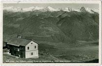 Kronplatzhütte / Rifugio Plan de Corones (Bruneck, Raktion Reischach) am Kronplatz in den Pragser Dolomiten. Gelatinesilberabzug 9 x 14 cm; Impressum: Lorenz Fränzl, Bozen um 1935.  Inv.-Nr. vu914gs00803