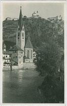 Stadtpfarrkirche St. Andreas und der Mesnerturm in Klausen am Eisack. Gelatinesilberabzug 9x14cm; Theo Forstner, Klausen um 1930.  Inv.-Nr. vu914gs00531