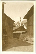 Pfarrkirche zum Hl. Ulrich von Augsburg in Tarrenz, Bezirk Imst, Tirol. Gelatinesilberabzug 6 x 9 cm; Privatphoto um 1925. Inv.-Nr. vu609gs00022