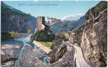 Burgen RIED und RUNKELSTEIN (v.v.n.h.) an der Talfer in Wangen, Gemeinde Ritten. Photochromdruck 9x14cm; Othmar Zieher, München um 1910.  Inv.-Nr. vu914pcd00014