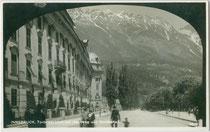 Hofburg am Rennweg in Innsbruck. Gelatinesilberabzug 9 x 14 cm; Impressum: Verlag Mathias Kar, Colingasse 7, Innsbruck um 1925.  Inv.-Nr vu914gs01126