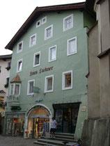 Haus Lackner, ursprünglich Ansitz Lamberg in Kitzbühel, Vorderstadt 20. Digitalphoto; © Johann G. Mairhofer 2015.  Inv-Nr. 2DSC02673