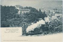 Regimentsschießstätte der Tiroler Kaiserjäger am Bergisel. Lichtdruck 9 x 14 cm; Impressum: Frid(olin). Arnold, Innsbruck um 1900.  Inv.-Nr. vu914ld00052