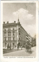 "Gasthof ""Speckbacher"" (heute Hotel ""zur Post"") in Innsbruck, Maximilianstraße 35. Lichtdruck 9 x 14 cm ohne Impressum um 1920.  Inv.-Nr. vu914ld00055a"