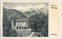 Ehem. Kurheim in Schönegg, Stadtgemeinde Solbad Hall (heute:Hall in Tirol), von 1955 bis 1972 Gastgewerbeschule (diese heute im Neubau in Geislöd, Gde. Absam). Gelatinesilberabzug 9 x 14 cm; Impressum: Dr. Külley um 1930. Inv.-Nr. vu914gs00353