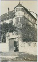 Portal vom Ansitz SCHNEEBURG in Mils bei Hall. Gelatinesilberabzug 9x14cm; A(lfred). Stockhammer, Hall in Tirol 1913.  Inv.-Nr. vu914gs00369