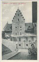Ansitz Jöchlsthurn in Sterzing (Südtirol), 1836 bis 1969 Bezirksgericht mit Gefängnis. Lichtdruck 9 x 14 cm; A(lfred). Stengel & Co., Dresden um 1905.  Inv.-Nr. vu914ld00014
