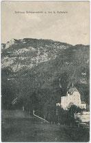 Die erstmals 1448 urkundlich erwähnte Niederungsburg Schönwörth (erst im 19. Jhdt. so benannt worden) in Niederbreitenbach, Gemeinde Langkampfen, Bezirk Kufstein, Tirol. Lichtdruck 9 x 14 cm ohne Impressum, um 1905.  Inv.-Nr. vu914ld00174