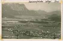 Wörgl, Bezirk Kufstein, Tirol von Südwesten um 1935. Gelatinesilberabzug 9 x 14 cm; ohne Impressum (wohl Amateuraufnahme).  Inv.-Nr. vu914gs00763