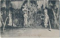 Inneres vom Brunnenhaus bei der Wallfahrtskirche zu den Hl. Drei Brunnen in Trafoi, Gemeinde Stilfs im Vinschgau, Südtirol. Lichtdruck 9 x 14 cm; Impressum: Joh(ann). F(ilibert). Amonn, Bozen 1910.  Inv.-Nr.  vu914ld00322