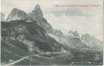 Die Palagruppe mit Cimon della Pala (3.184m) in den Dolomiten vom Rollepass, Gemeinde Siror im Primör aus. Lichtdruck 9x14cm; Impressum: Photoglob Zürich, um 1910.  Inv.-Nr. vu914ld00194