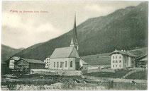 Pens, Gemeinde Sarntal mit Kirche zu den Hll. Aposteln Petrus und Paulus. Lichtdruck 9 x 14 cm ohne Impressum, um 1905.  Inv.-Nr. vu914ld00220